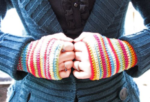 Stripe wristwarmers1, sm